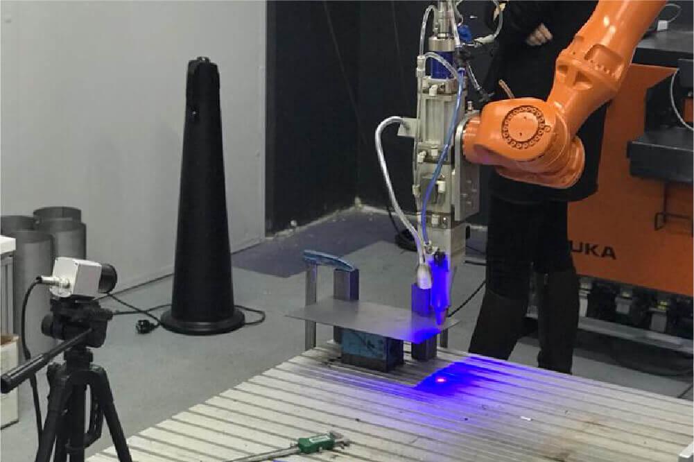 Laser Isse laserlab guest linkedin copy 3