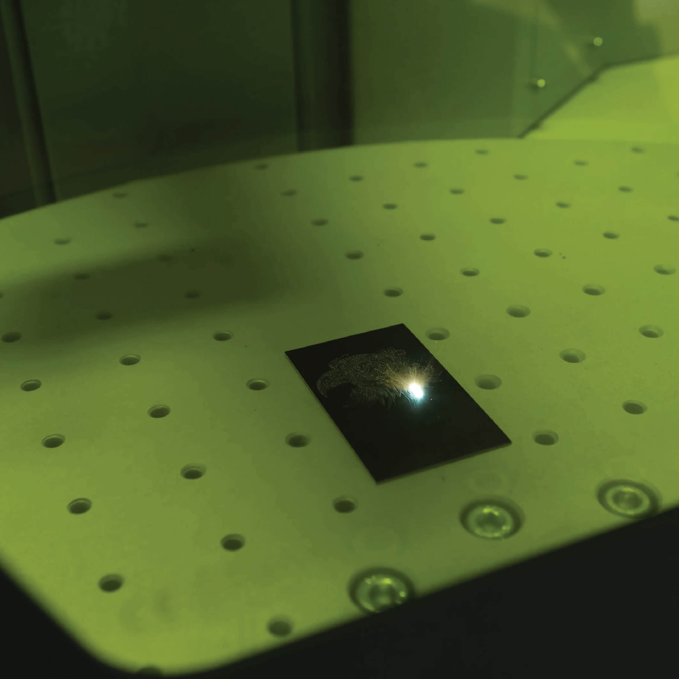 laser video cover f20